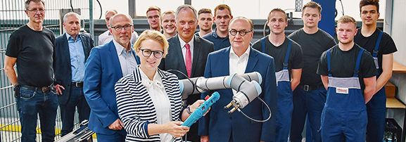 universal robotics industrie 4.0 Hillebrand Coating